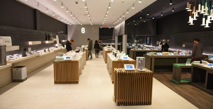 b8ta at Macerich's Santa Monica Place Named 'Store of the Year'